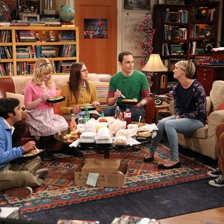Bing Bang Theory Cast Creates Scholarship