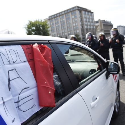 French Uber riots