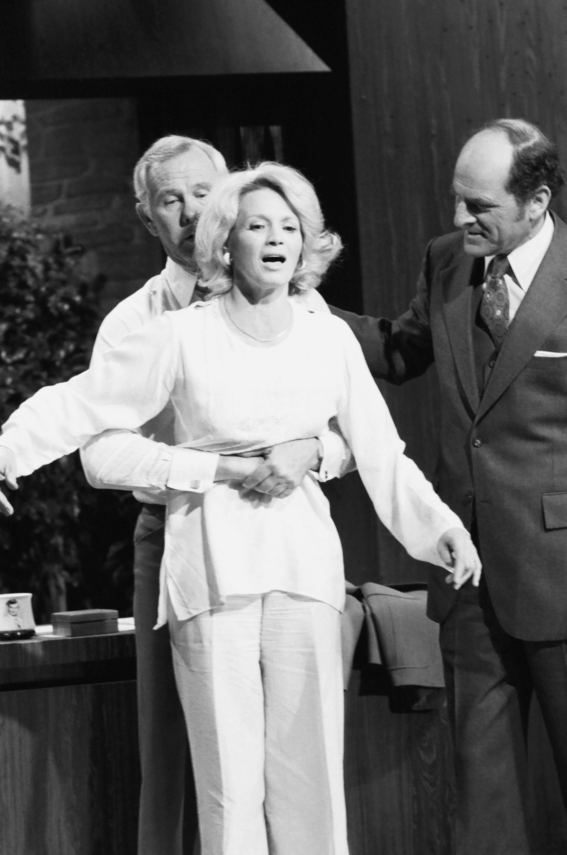 henry heimlich on tonight show wiht johnny carson getty images 138422336