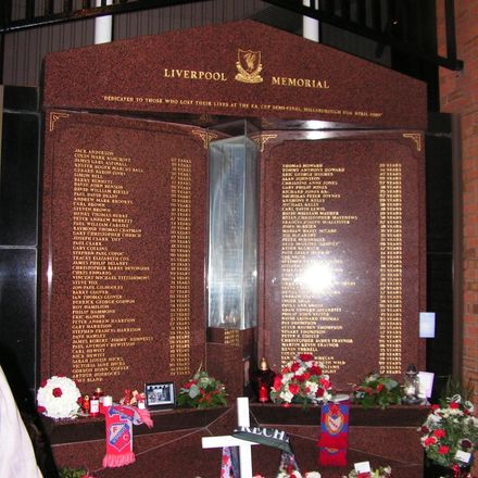 hillsborough soccer stadium disaster memorial anfield