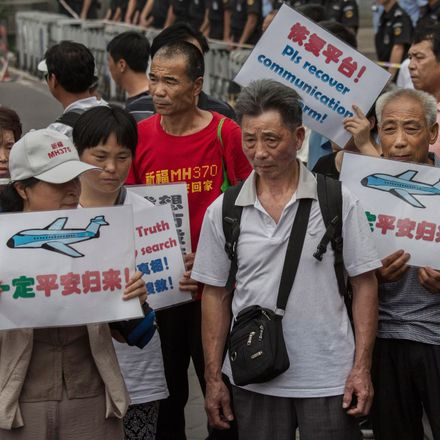 mh370 relatives in china protest crop2 getty 483279568 crop