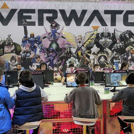overwatch gamers at convention wikimedia commons