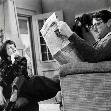 American actors Gregory Peck (1916 - 2003), as Atticus Finch, and Mary Badham as Scout, in 'To Kill A Mockingbird', directed by Robert Mulligan, 1962.