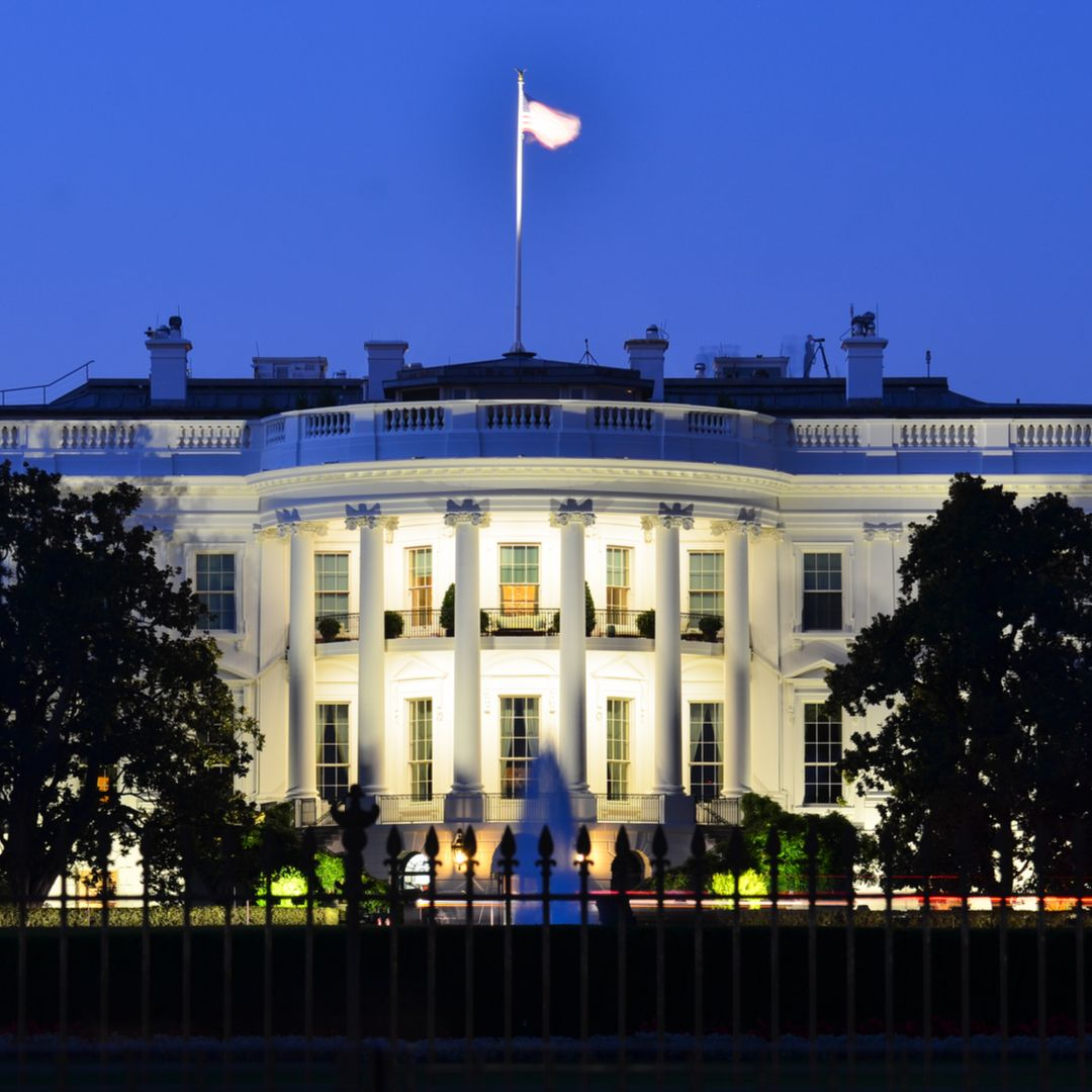 white house at night shutterstock 114757342