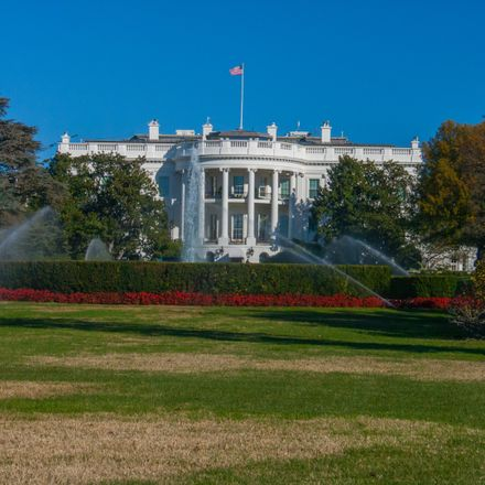 white house shutterstock 563507407
