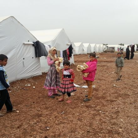 refugee camp 13535914923 0d1d20aa30 k