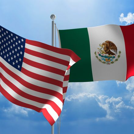 US mexico trade shutterstock 294126485