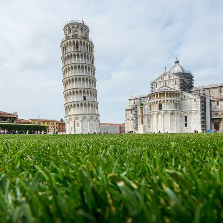 Leaning tower of Pisa, Italy shutterstock 415642432