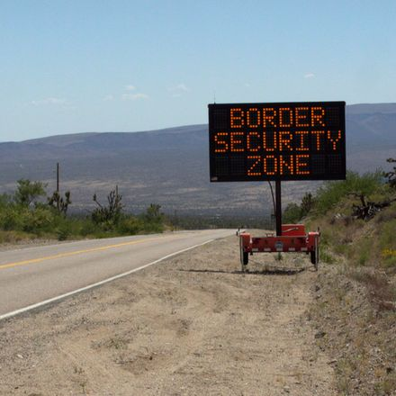 Mexico border sign road shutterstock 564466915