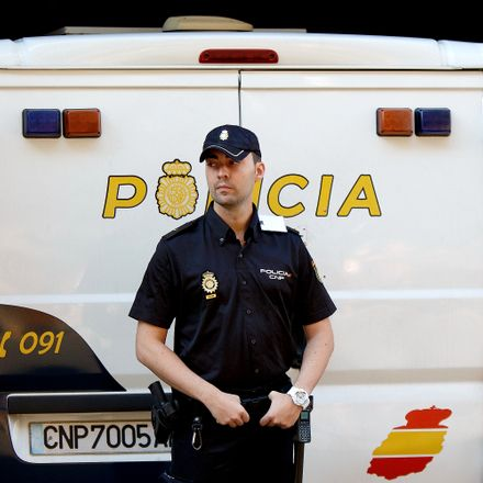 spanish police getty images 454470870