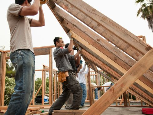How to Build a Home With a Little Help From Your Friends